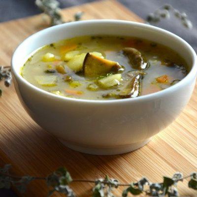 Постная грибная похлебка с картофелем и сельдереем - рецепт с фото