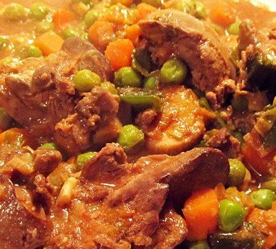 Куриная печень, тушеная с овощами - рецепт с фото