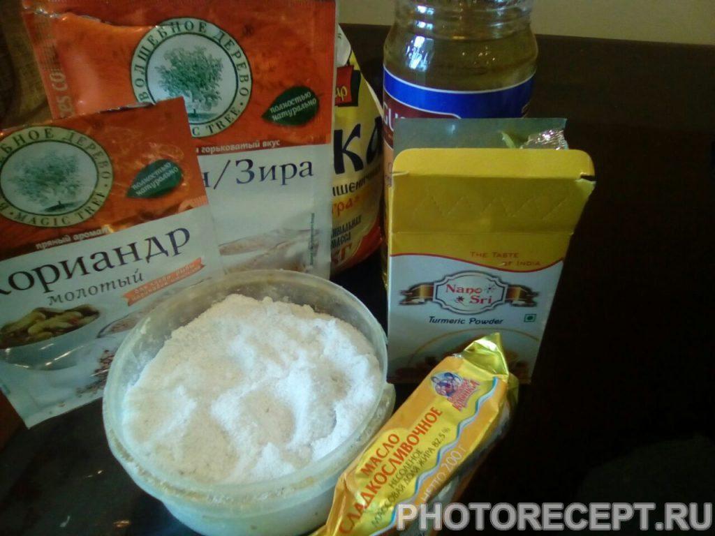 Фото рецепта - Индийские лепешки Ротти - шаг 1