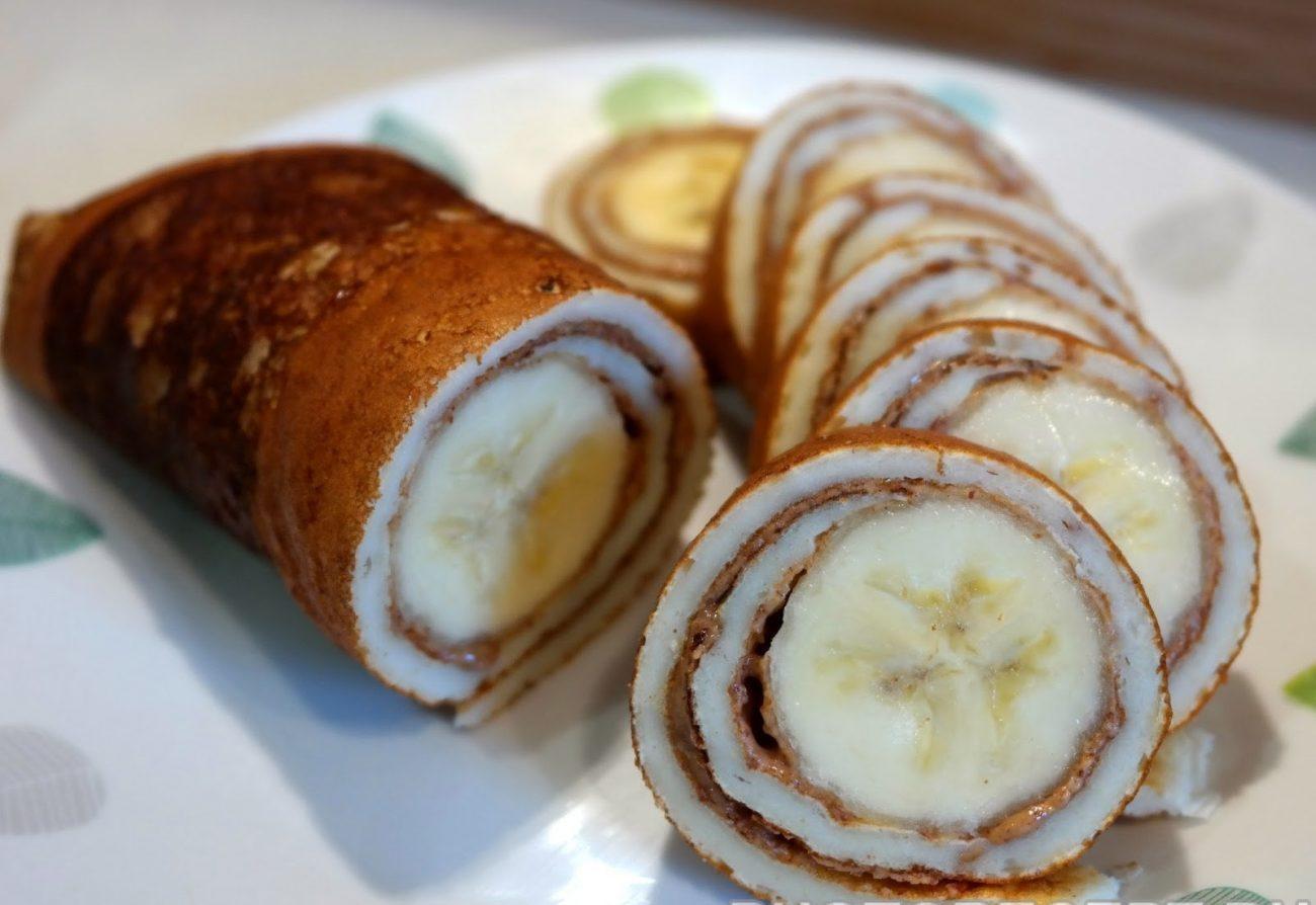 Роллы из блинов с бананом