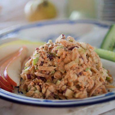 Рыбный салат «Горбуша по-праздничному» - рецепт с фото