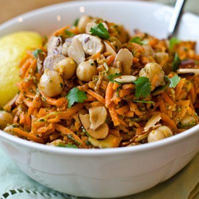 Салат из корейской моркови с горохом - рецепт с фото