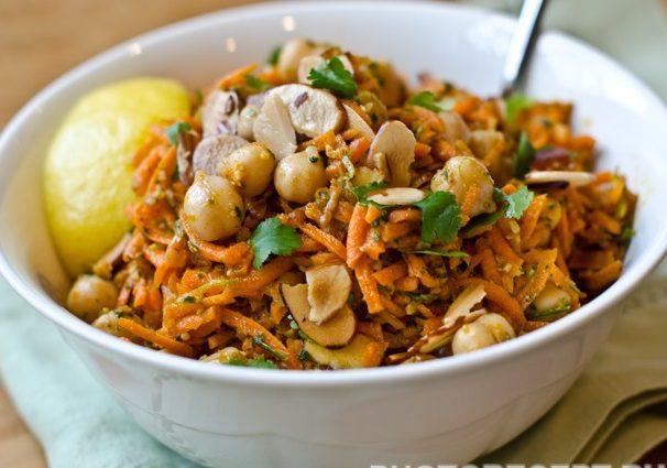 Салат из корейской моркови с горохом