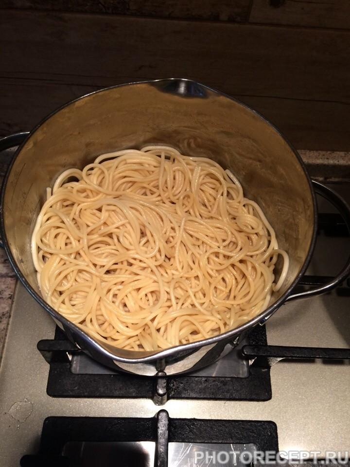 """Фото рецепта - Спагетти """"Болоньезе"""" для вегетарианцев - шаг 1"""