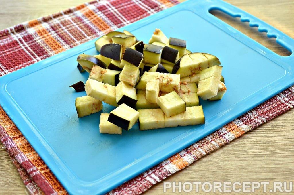 Фото рецепта - Опята с баклажанами и овощами - шаг 2