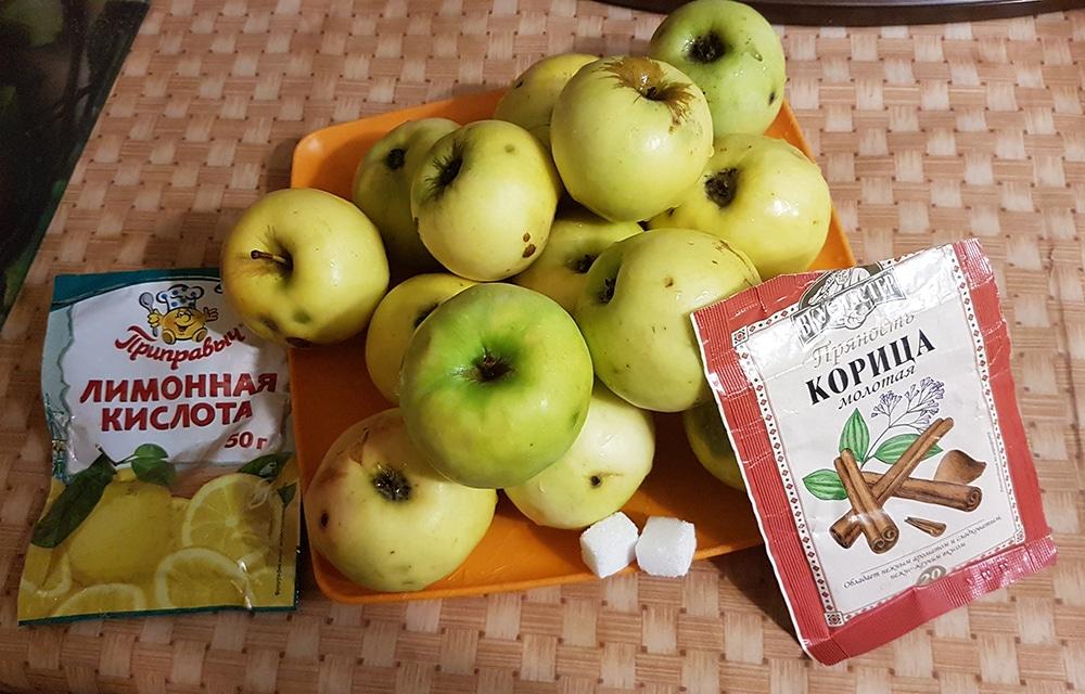 "Фото рецепта - Яблочное варенье с корицей ""Зимний вечер"" - шаг 1"