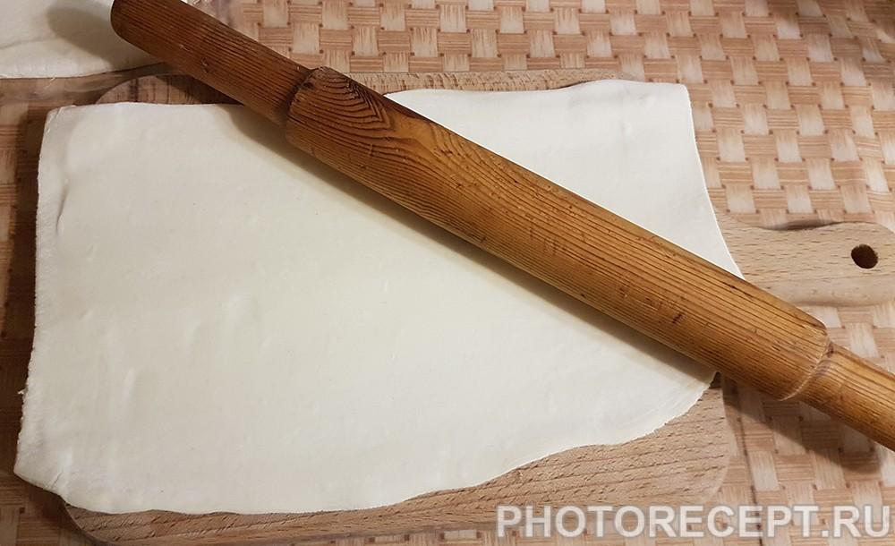 Фото рецепта - Быстрый пирог с мясом и сыром к завтраку - шаг 2