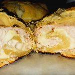 Быстрый пирог с мясом и сыром к завтраку