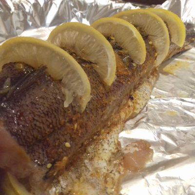 Фото рецепта - Запеченный хек с лимоном - шаг 2
