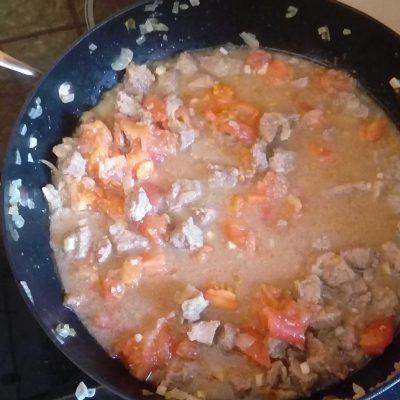 Фото рецепта - Овощное рагу с говядиной и лаймом - шаг 3