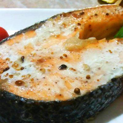 Запеченый лосось - рецепт с фото