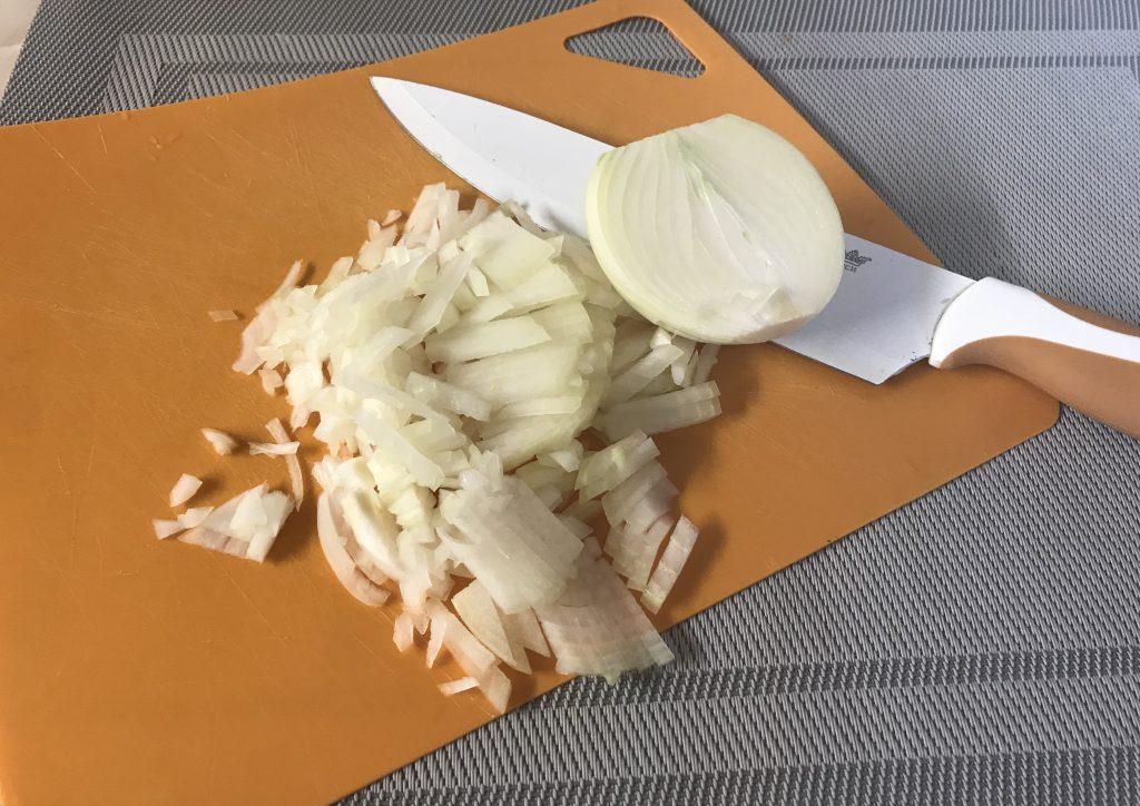 Фото рецепта - Вкусный супчик из семги для малышей - шаг 3