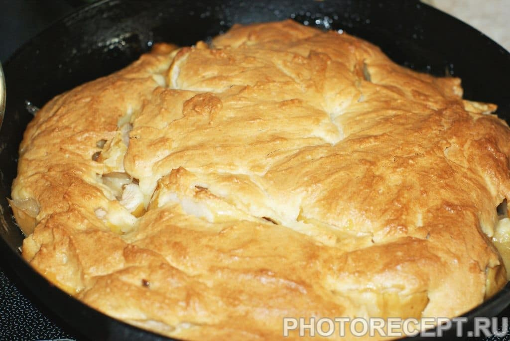 Фото рецепта - Вкусный и простой яблочный пирог - шаг 10