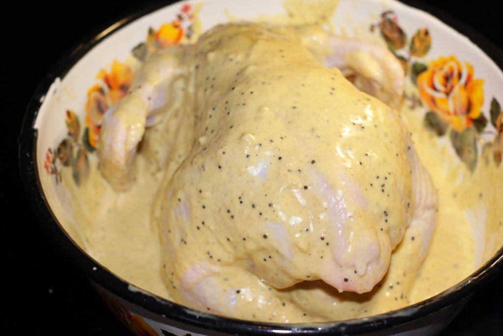 Фото рецепта - Курица запеченная целиком в духовке - шаг 7
