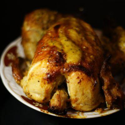 Фото рецепта - Курица запеченная целиком в духовке - шаг 9