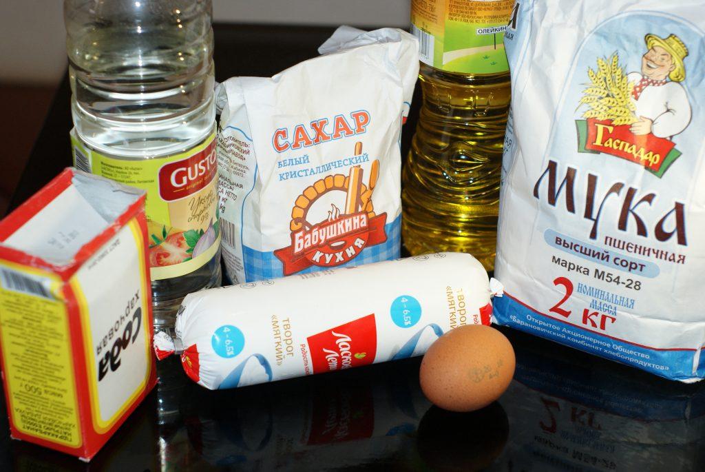 Фото рецепта - Супер нежные сырники - шаг 1