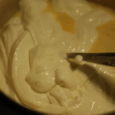 Фото рецепта - Супер нежные сырники - шаг 4