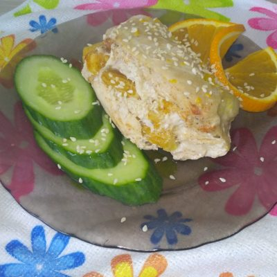 Куриная грудка, фаршированная апельсином в духовке - рецепт с фото
