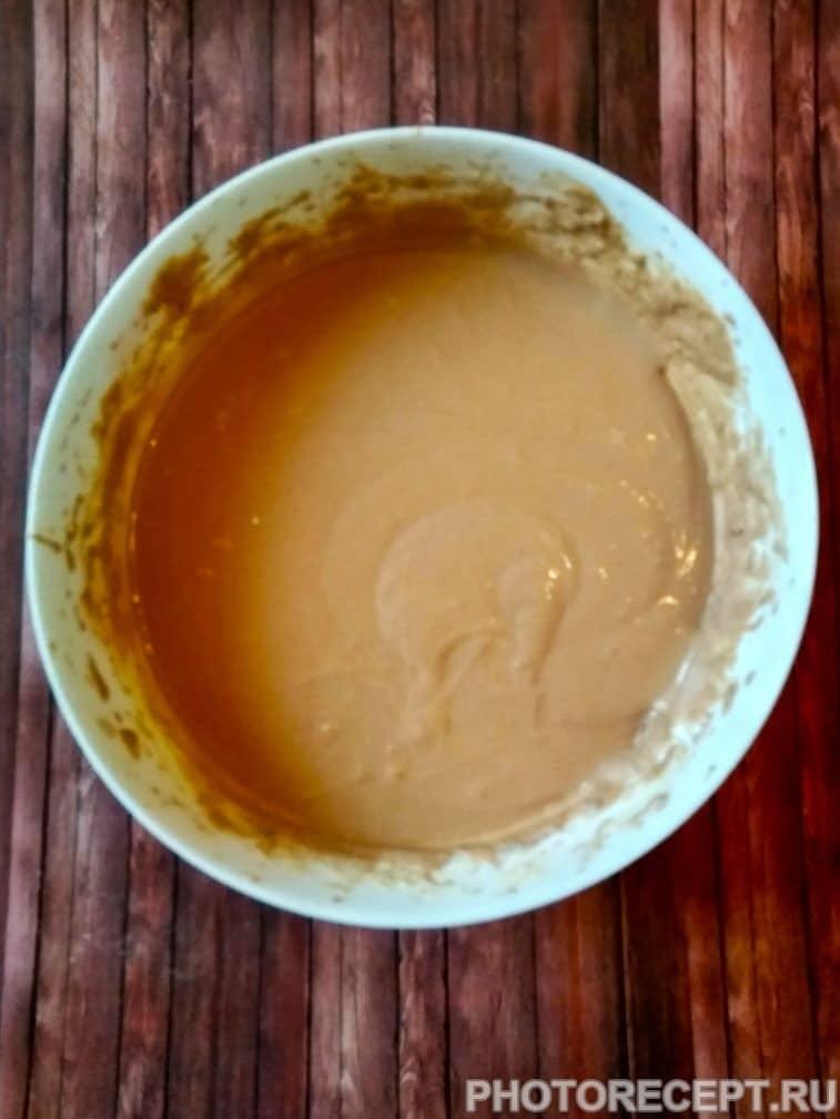 Фото рецепта - Шоколадный кекс на ряженке - шаг 3