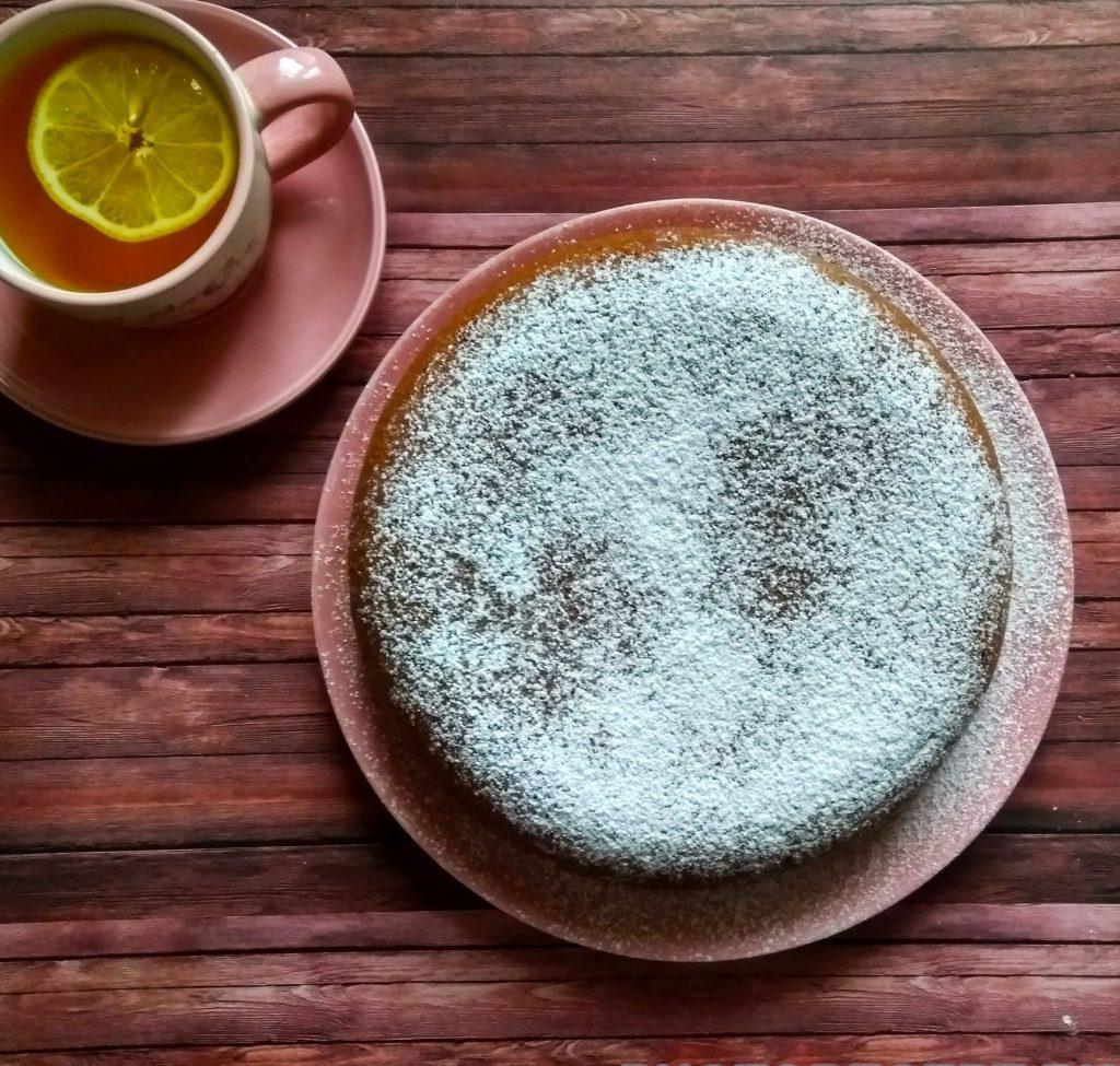 Фото рецепта - Шоколадный кекс на ряженке - шаг 5