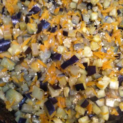Фото рецепта - Невероятно легкое и нежное соте из баклажан - шаг 3