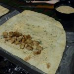 Фото рецепта - Домашняя шаурма с курицей - шаг 5