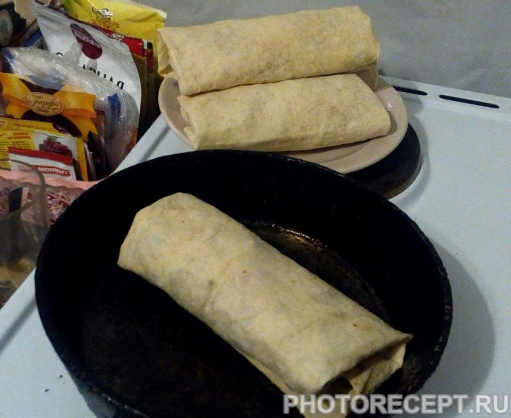 Фото рецепта - Домашняя шаурма с курицей - шаг 7