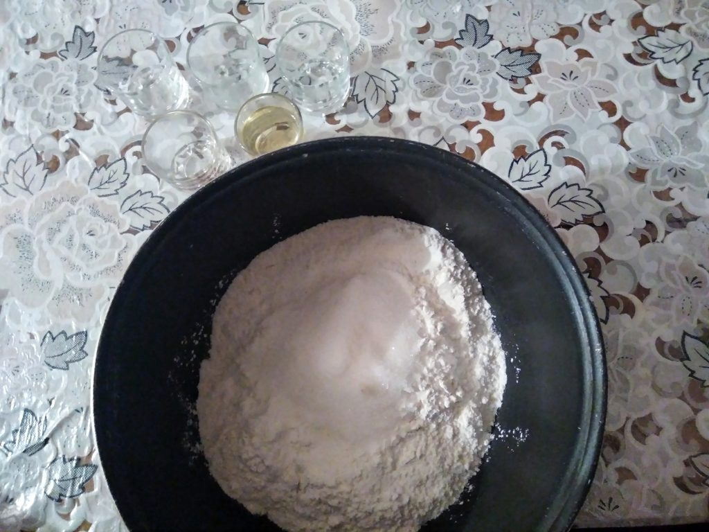 Фото рецепта - Блины на воде с содой - шаг 2