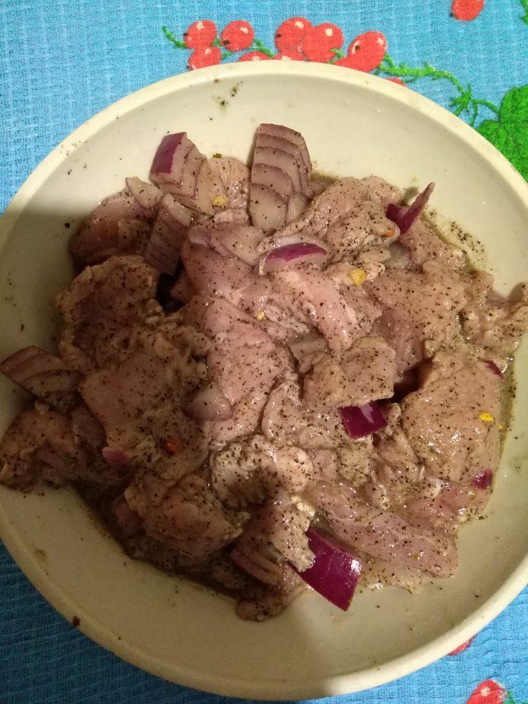 Фото рецепта - Жареное маринованое мясо козы (козлика) - шаг 3