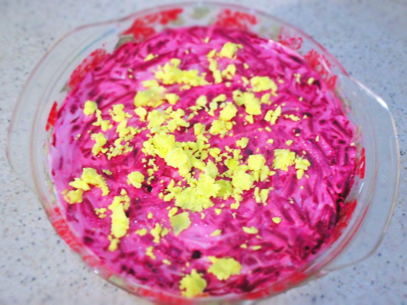 Салат сельдь под шубой из консервов