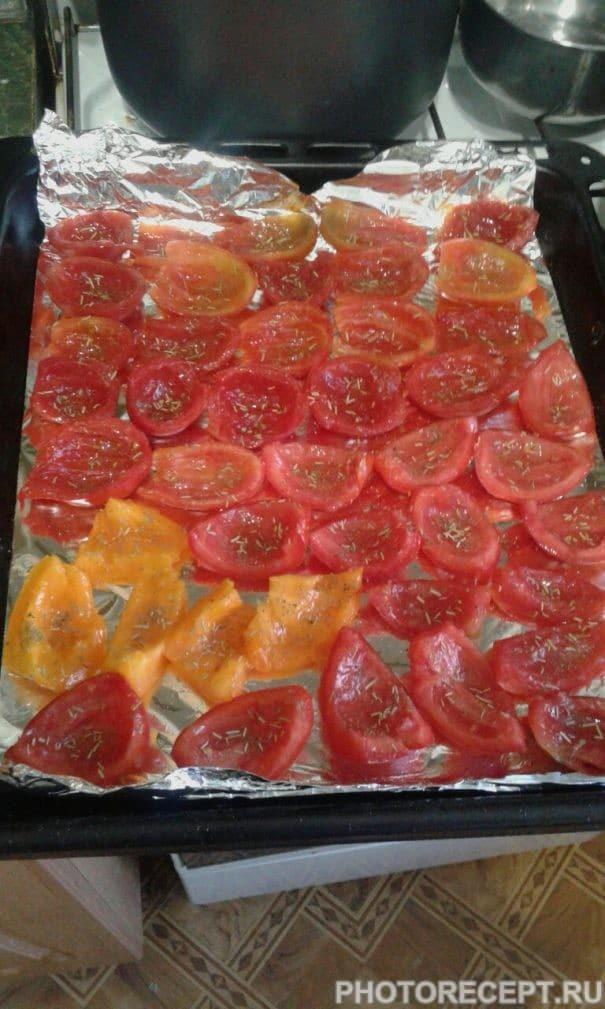 Фото рецепта - Вяленые помидоры в домашних условиях - шаг 1