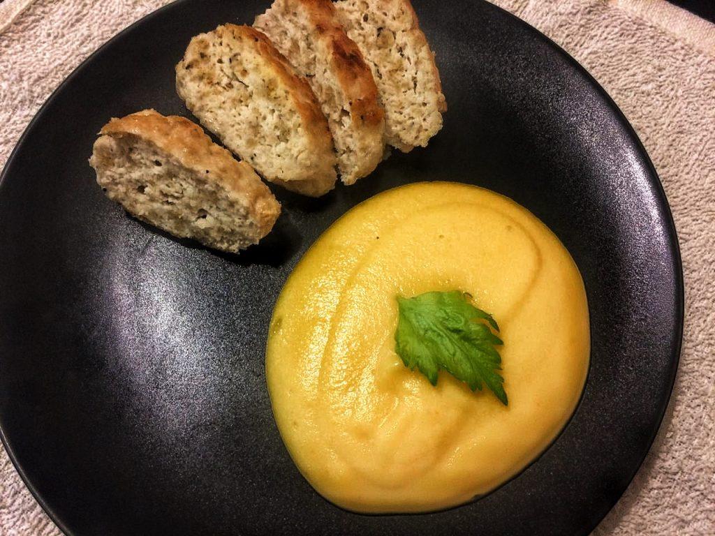 Фото рецепта - Куриные котлетки ПП с нежным овощным пюре - шаг 7