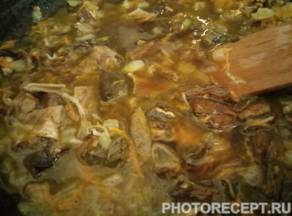 Фото рецепта - Сырный суп с сушеными грибами - шаг 7