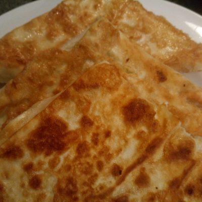 Фото рецепта - Хачапури за 10 минут - шаг 7
