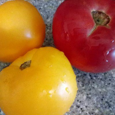 Фото рецепта - Салат с адыгейским сыром - шаг 2