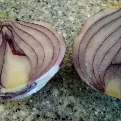 Фото рецепта - Салат с адыгейским сыром - шаг 3