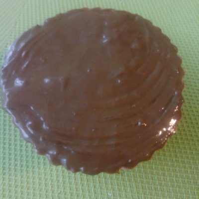 Фото рецепта - Сырок в шоколаде - шаг 4