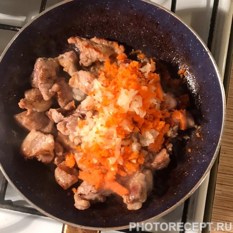 Фото рецепта - Тушеная свинина в соевом соусе - шаг 2