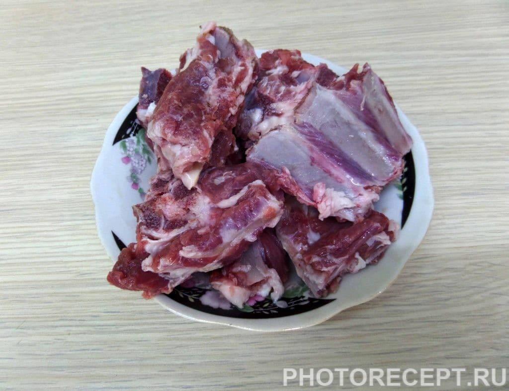 Фото рецепта - Шурпа с бараниной в казане по-узбекски - шаг 2