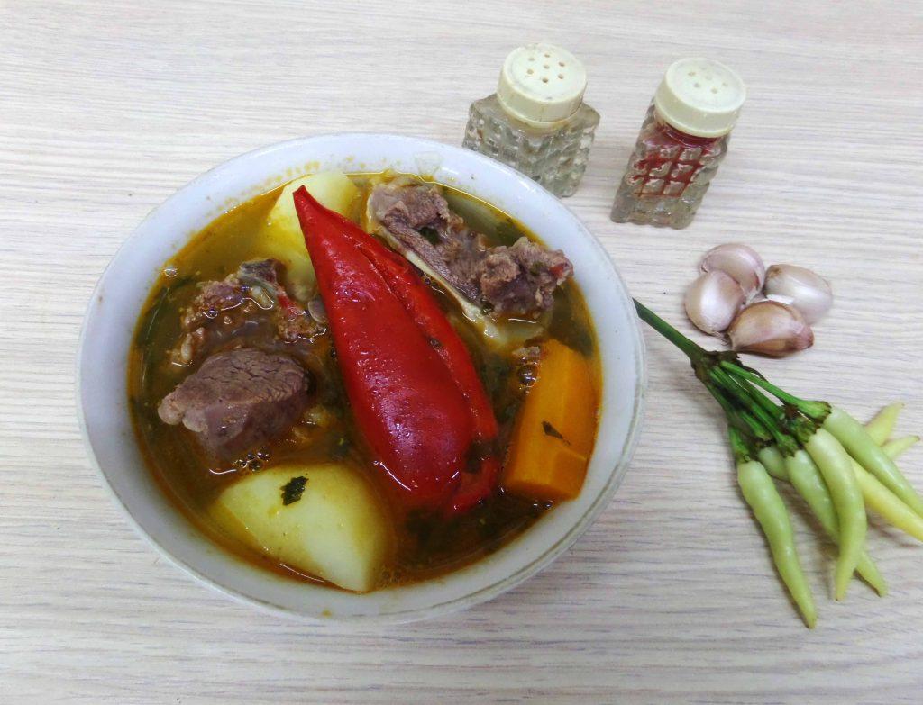 Фото рецепта - Шурпа с бараниной в казане по-узбекски - шаг 11