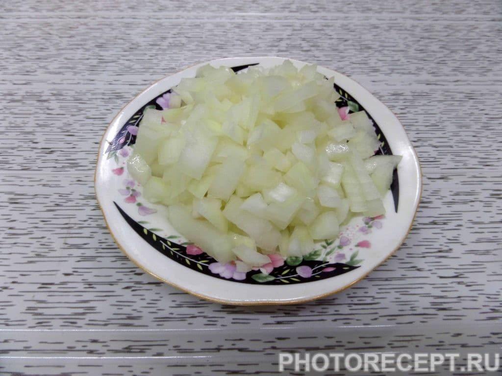 Фото рецепта - Капуста с курицей и грибами в духовке - шаг 6