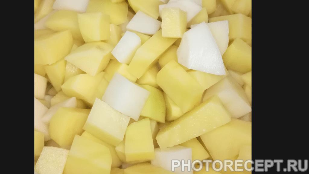Фото рецепта - Пюре с фаршем – классика кулинарного жанра - шаг 1