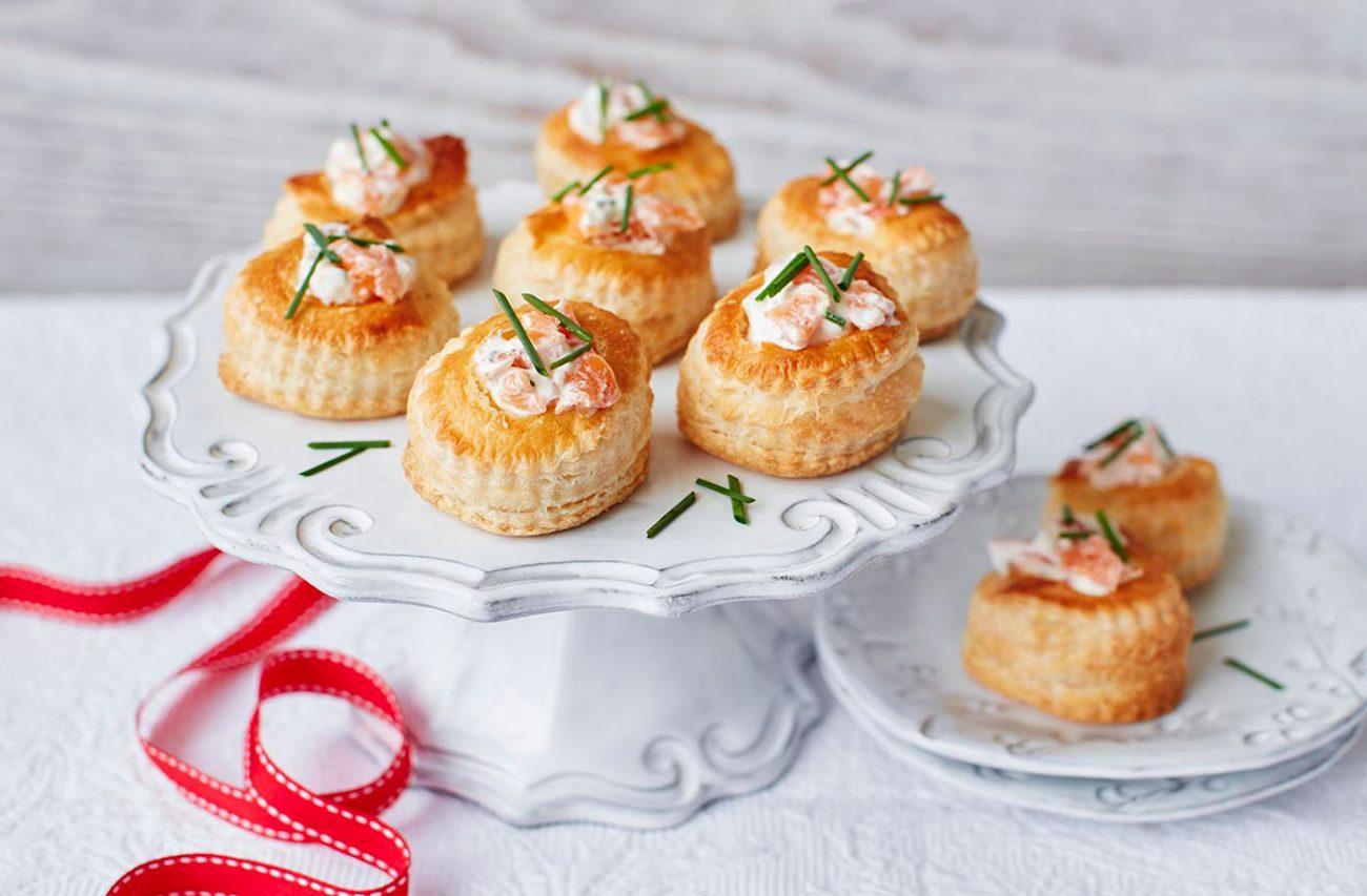 Французские валованы с лососем – закуска к празднику