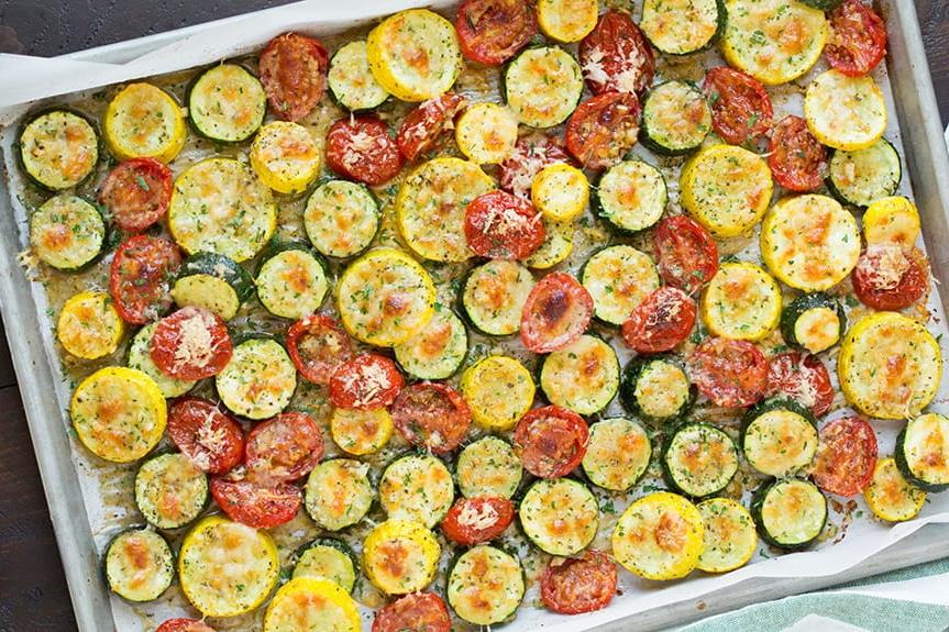 Легкий гарнир – овощи запеченные с сыром