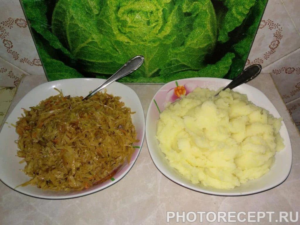 Фото рецепта - Картофельные зразы с капустой и грибами - шаг 5