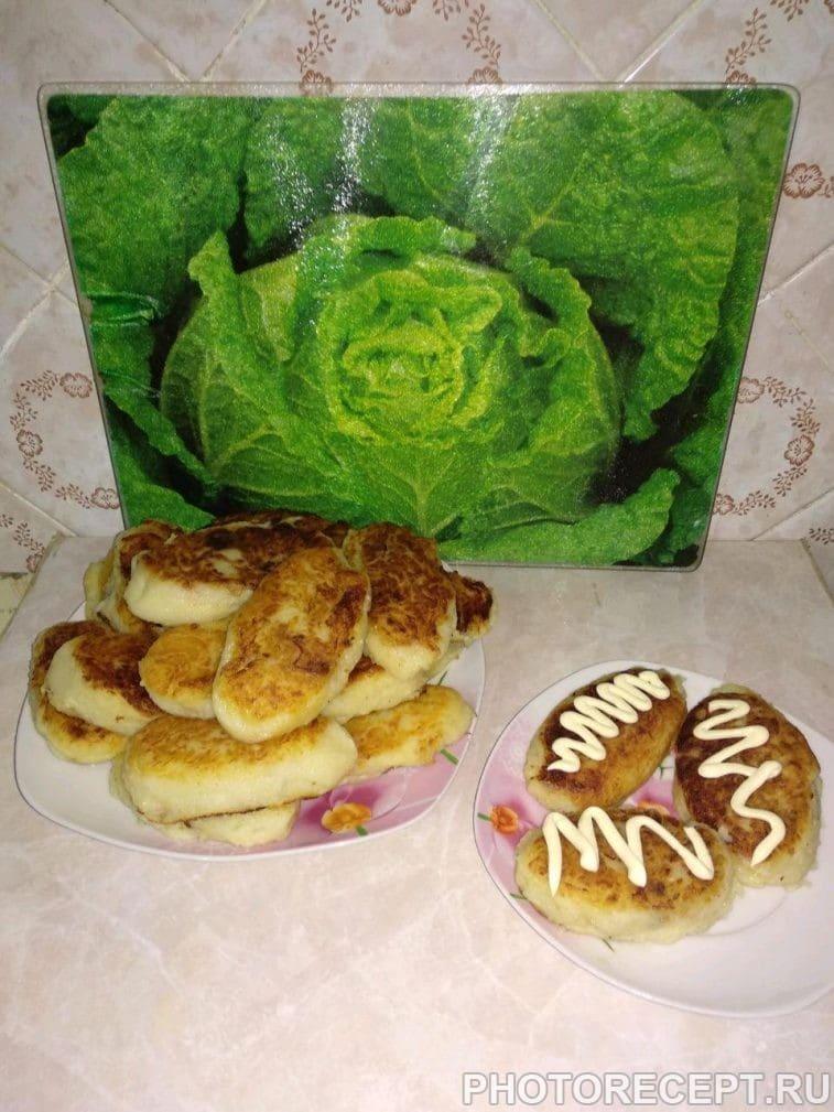 Фото рецепта - Картофельные зразы с капустой и грибами - шаг 8
