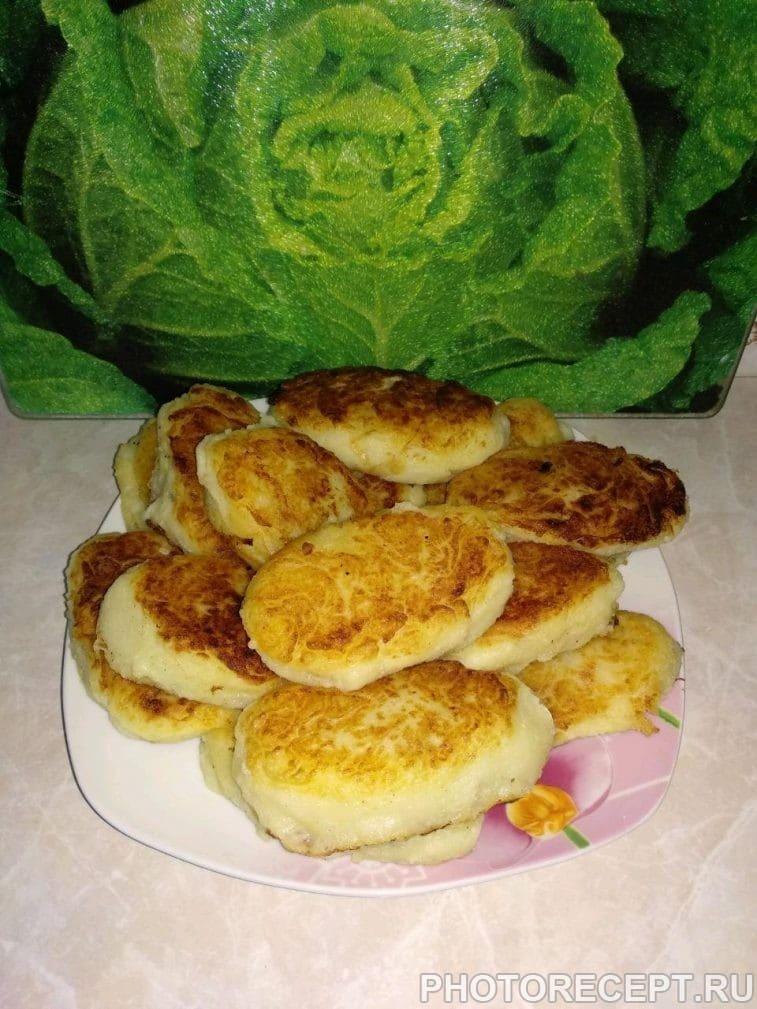 Фото рецепта - Картофельные зразы с капустой и грибами - шаг 7