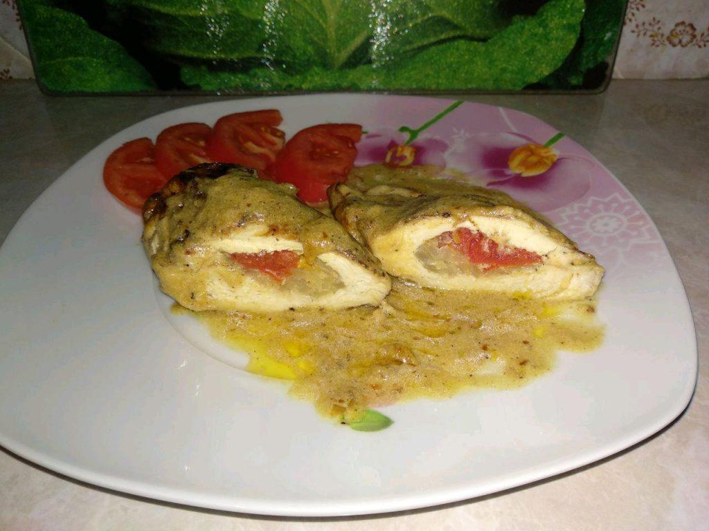 """Фото рецепта - """"Куриные кармашки"""" или фаршированное куриное филе - шаг 10"""