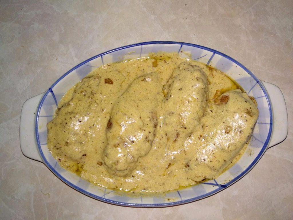 """Фото рецепта - """"Куриные кармашки"""" или фаршированное куриное филе - шаг 8"""