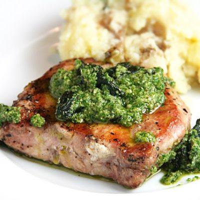 Секрет сочного свиного стейка - рецепт с фото